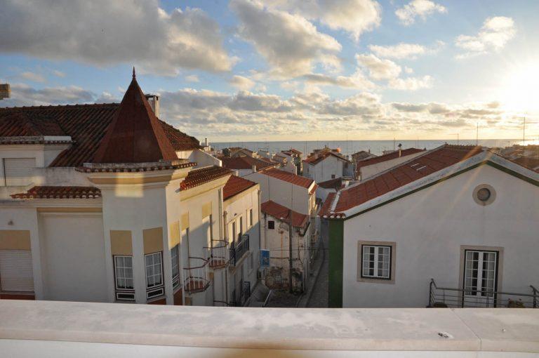 På plats i Nazaré Portugal