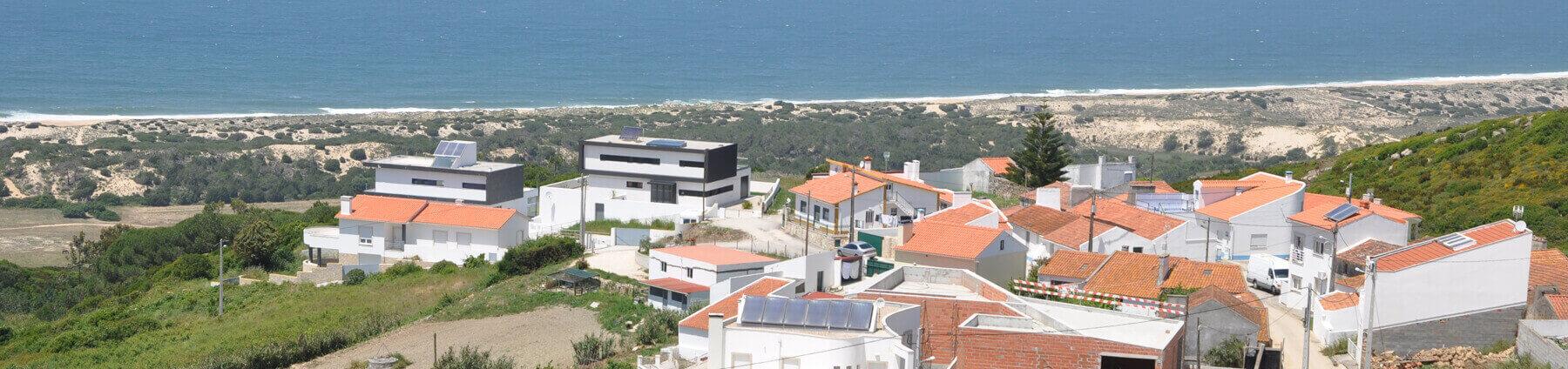 Serra-de-Pescaria-och-Praia-do-Salgado-Nazare