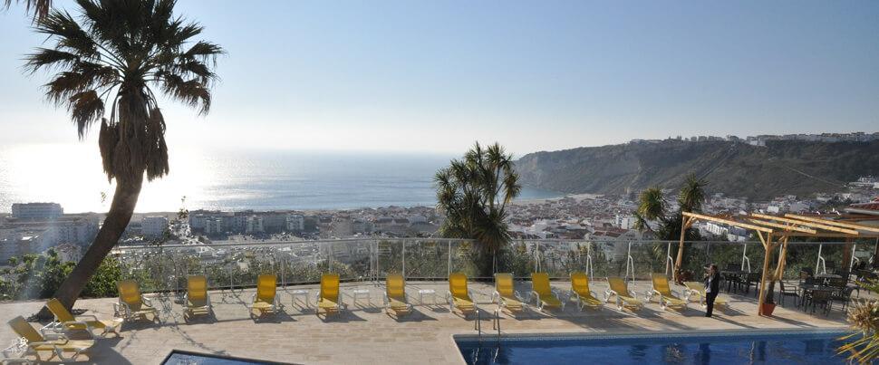 Utsikt-från-Penedeira-och-hotel-Mirador-Nazare