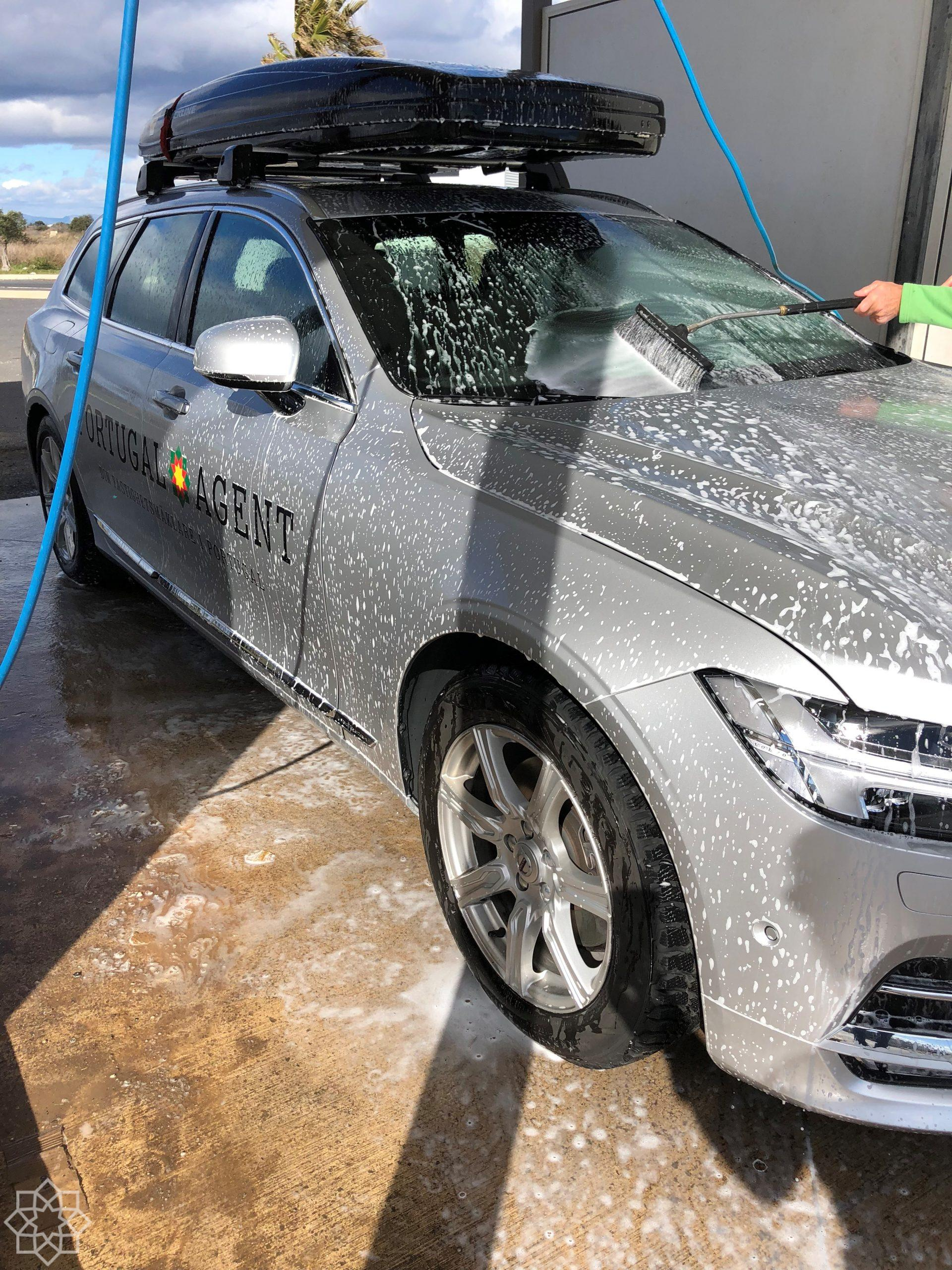 Hittade en biltvätt på väg upp mot Limone i Piemonte