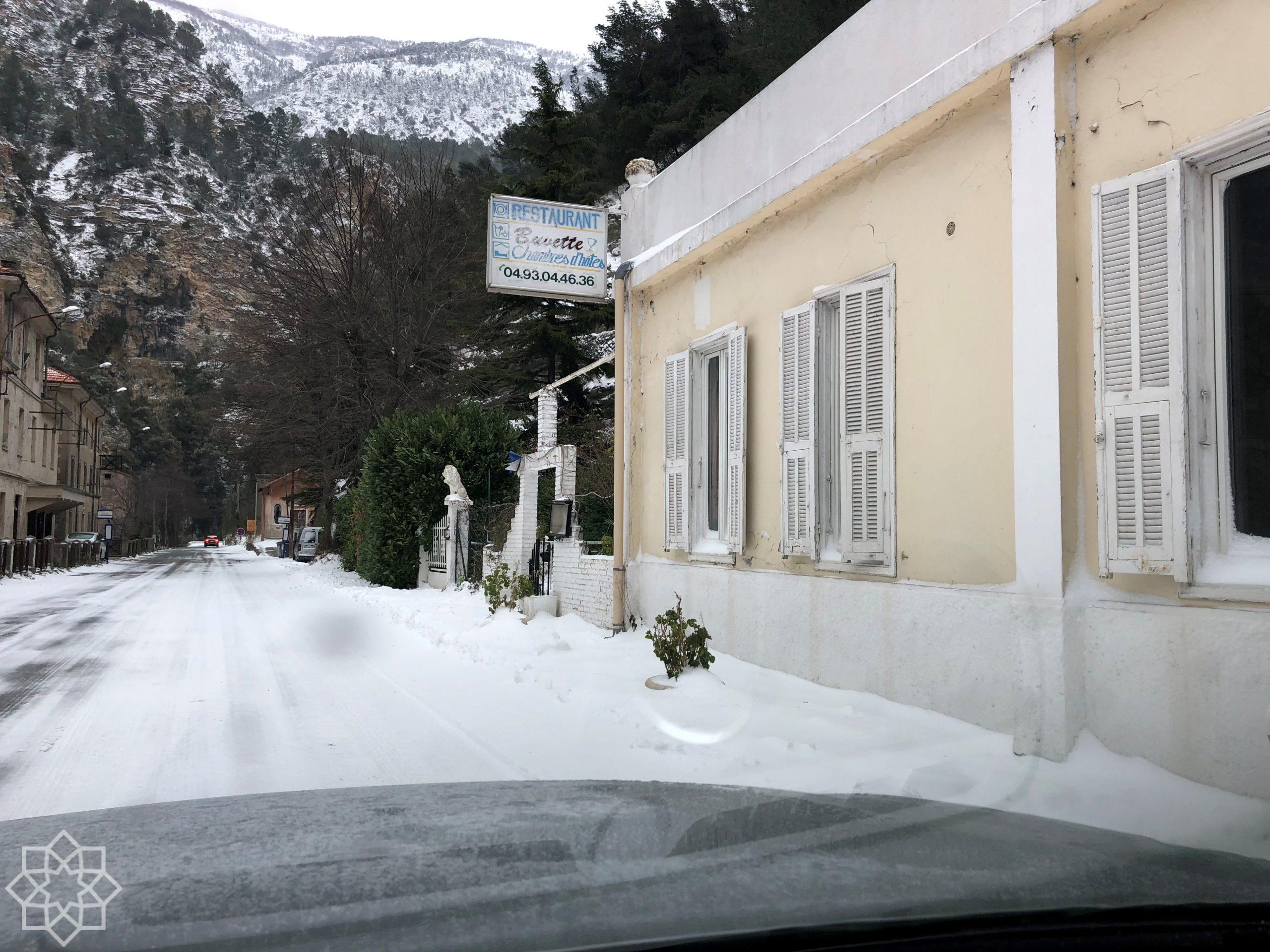 Vi hade snö hela vägen ner till Rivieran.