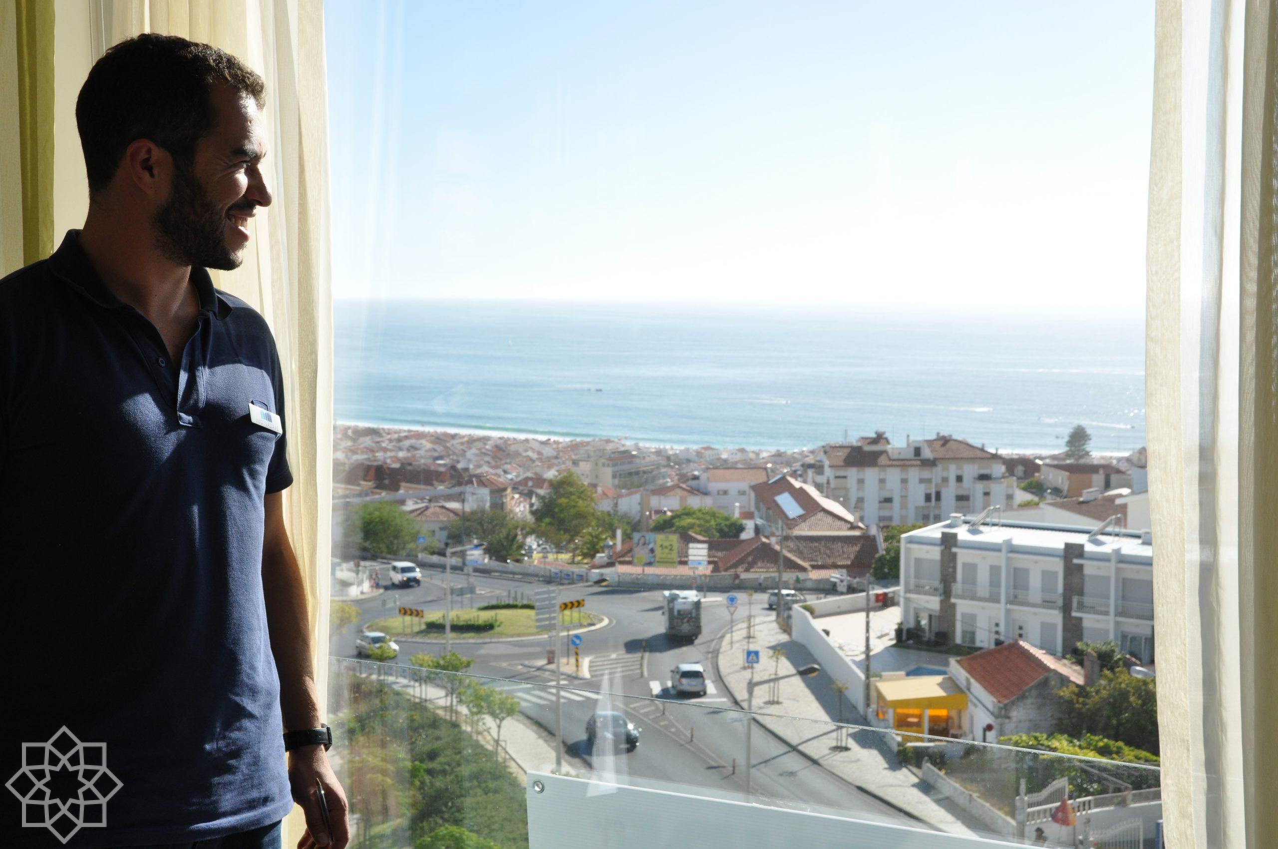 Renato hemma hos en svensk köpare. Efter flera så flytta de permanent ner till Nazaré 2020.