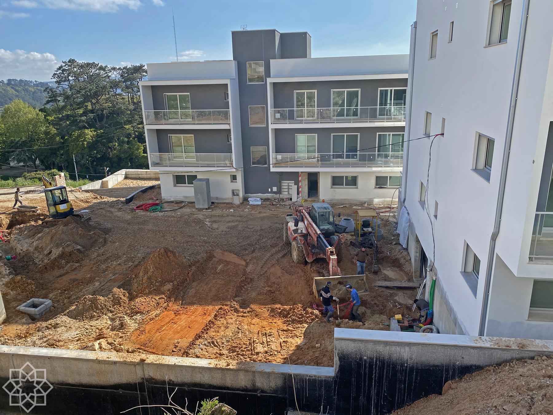 Itu kämpar på med projektet Fonte da Vila