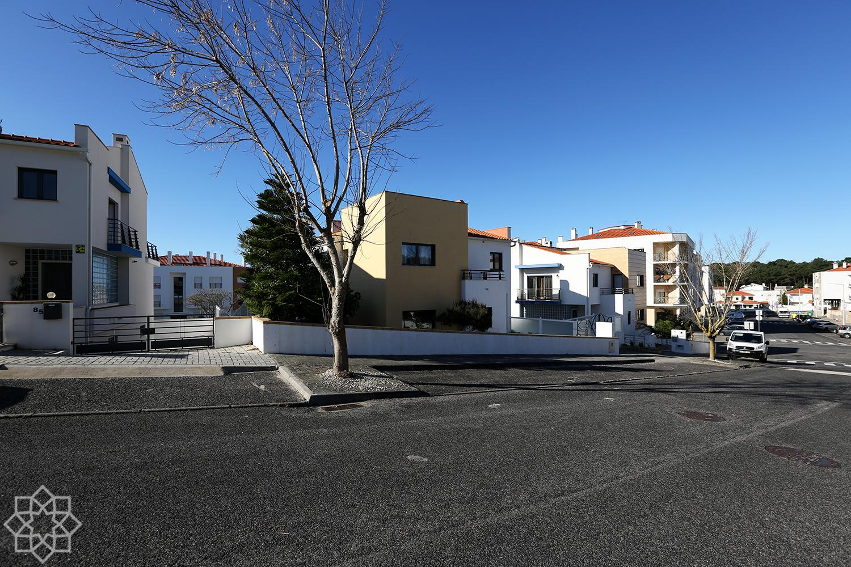 Villa de 4 chambres, isolée, en excellent état, avec jardin, située à Nazaré