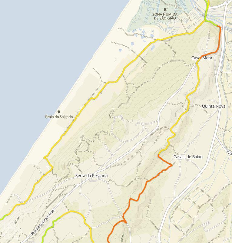 Förstoring av delen vid Casal Mota, Serra da Pescaria och Salgado