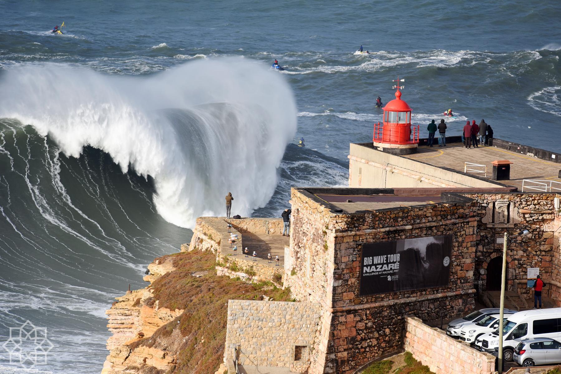 Gigantiska vågor Nazaré
