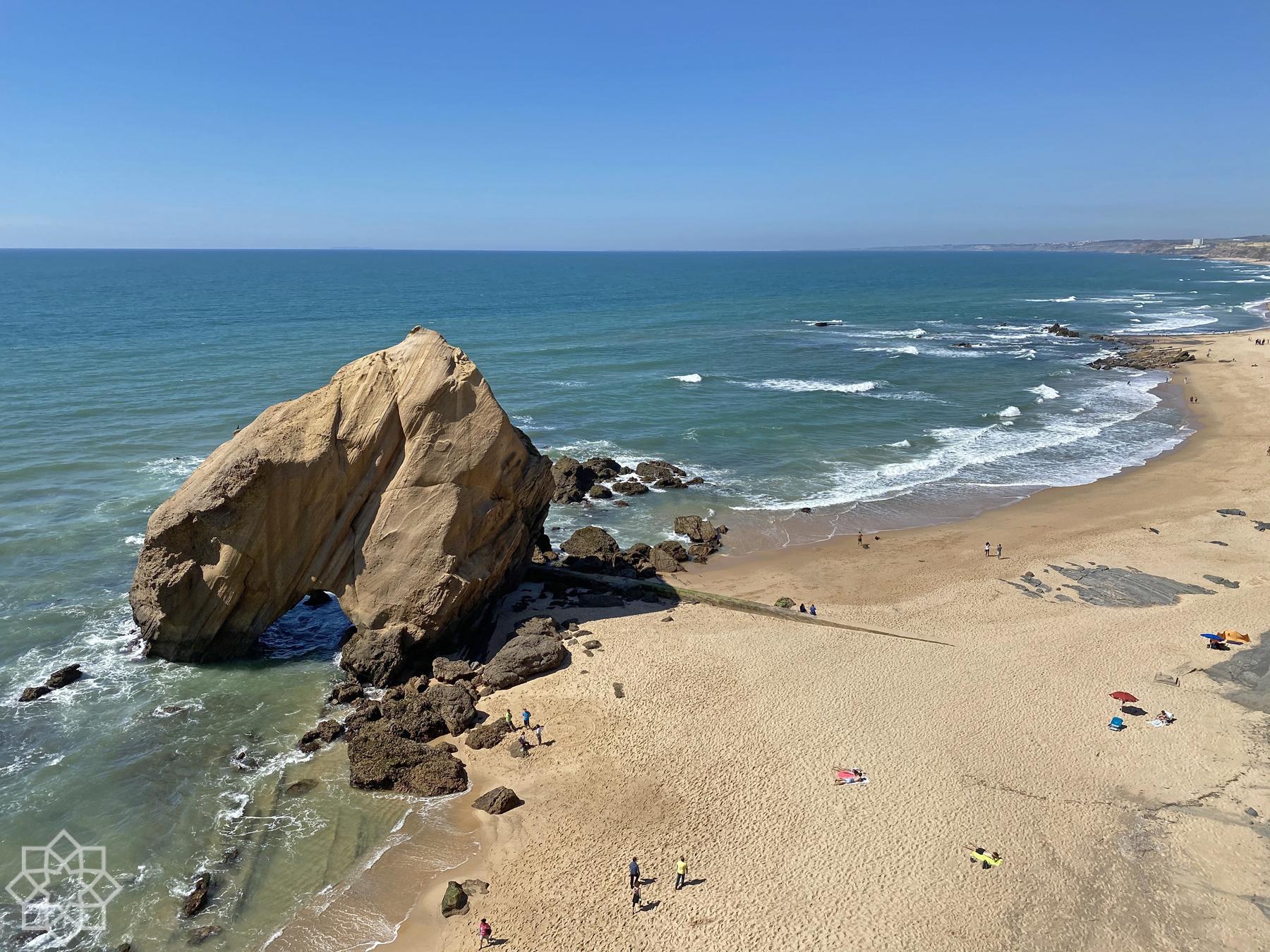 Penedo do Guincho Praia de Santa Cruz