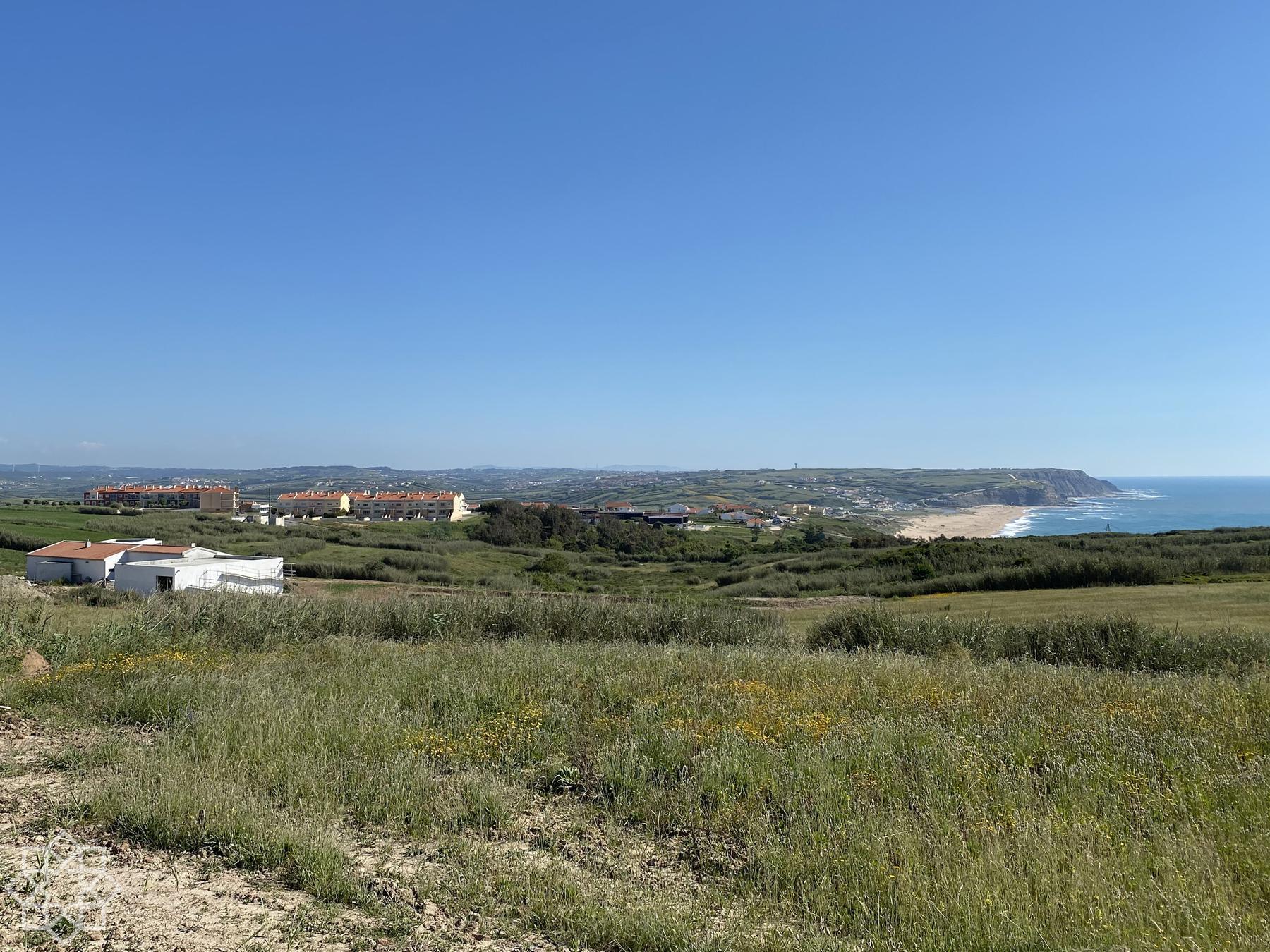Praia Azul and surroundings