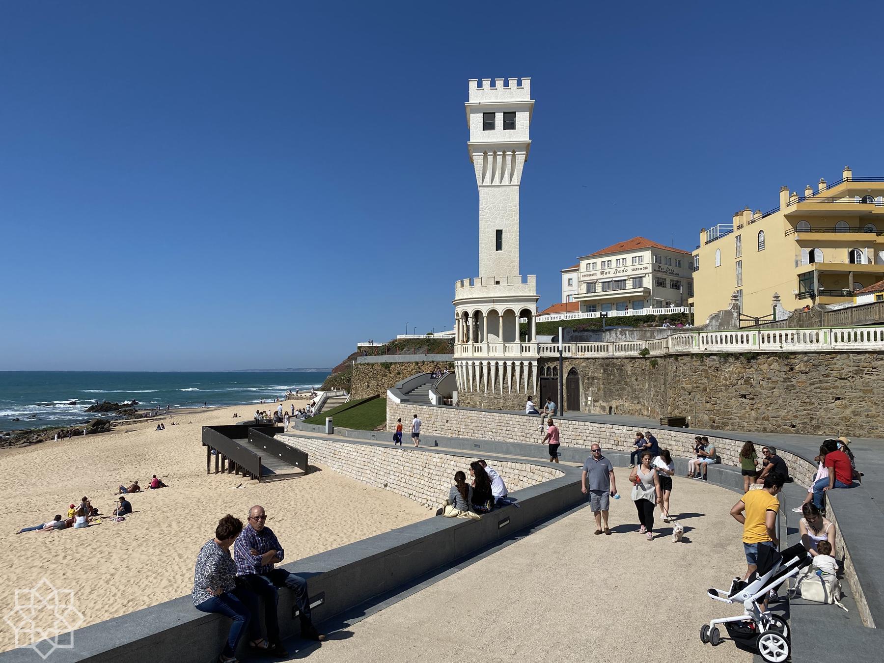 Torre de Santa Cruz and the beach walk