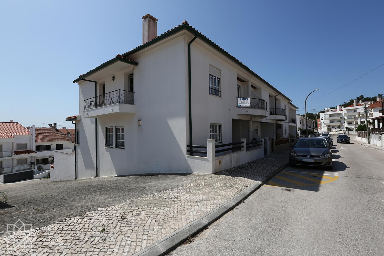 Semidetached villa with 5 bedrooms, in Sítio da Nazaré