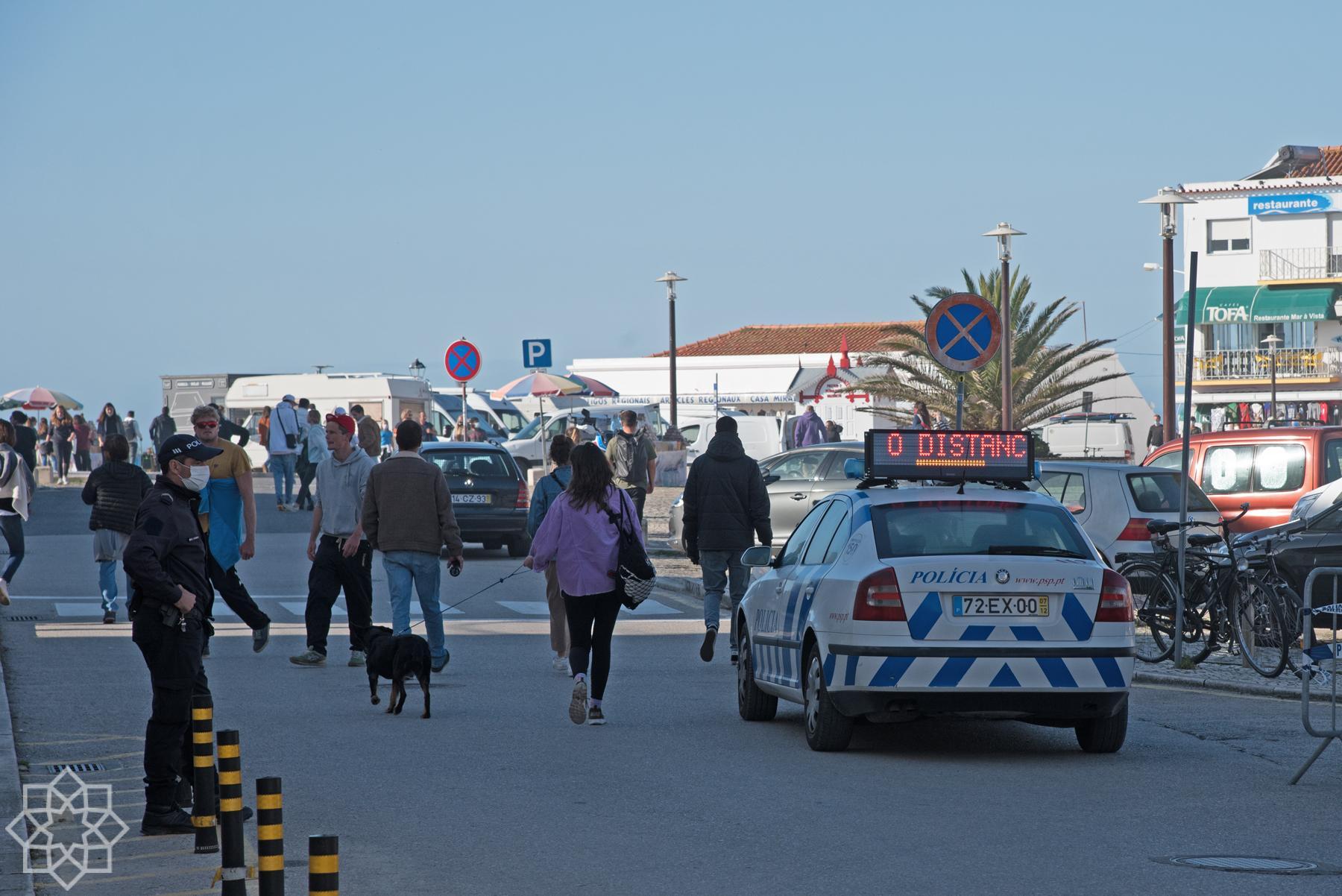 Polisen i Nazaré gör vad den kan