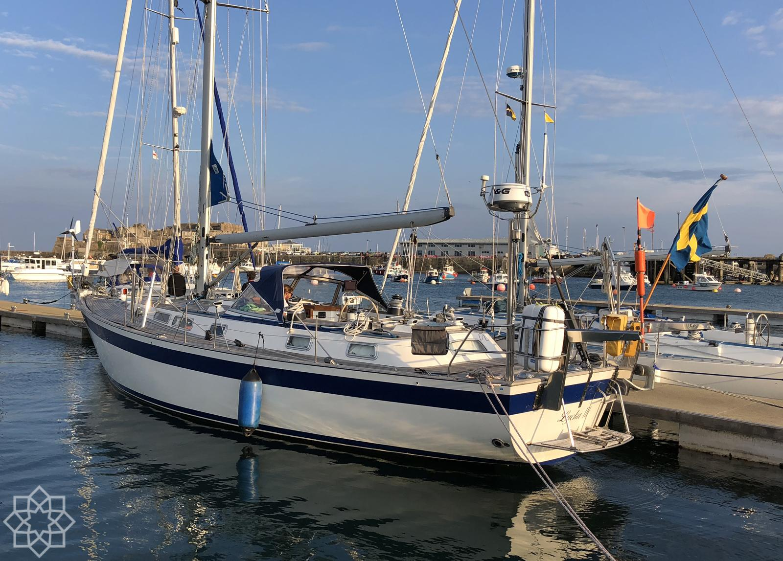 Hallberg-Rassy 45 for sale in Portugal